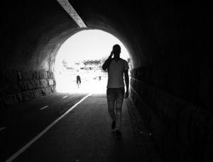 #valoa -kampanjan mukaan joka tunnelin päässä on valoa.