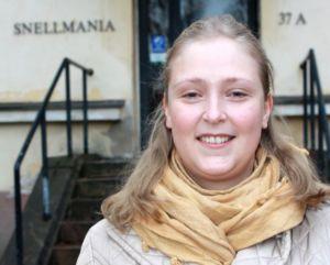 Kuvassa haastateltavana ollut Mia Silfver-Kuhalampi.